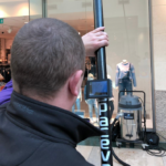 SpaceVac - odkurzanie na wysokości z kamerą inspekcyjną