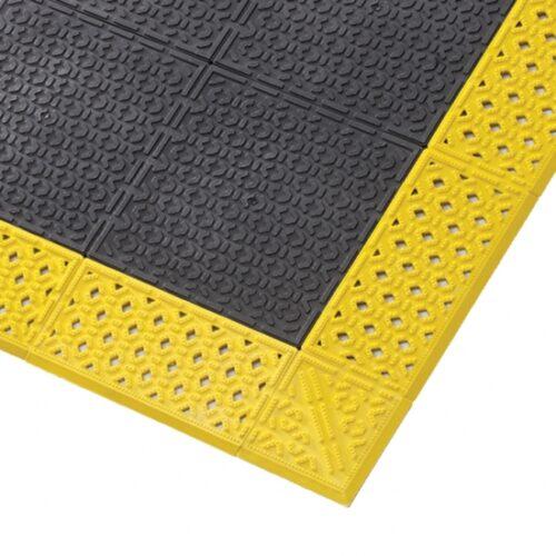 NOTRAX Cushion Lok HD Solid - Mata modułowa PCV, podest antypoślizgowy, zbliżenie